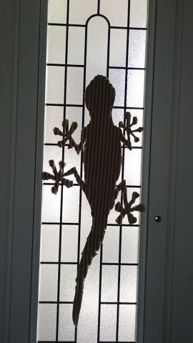 アトリエ伴窓ガラスロゴ写メ.JPG